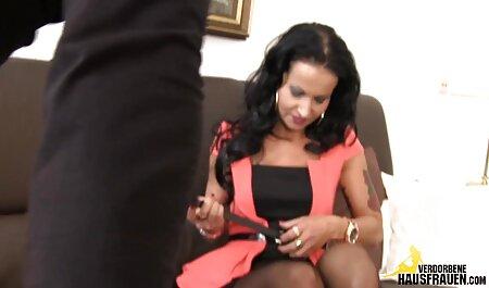セクシー 女の子 の ため の 無料 エロ 動画 trannyの浴室は彼女のお尻を犯し、彼女のコックをストローク